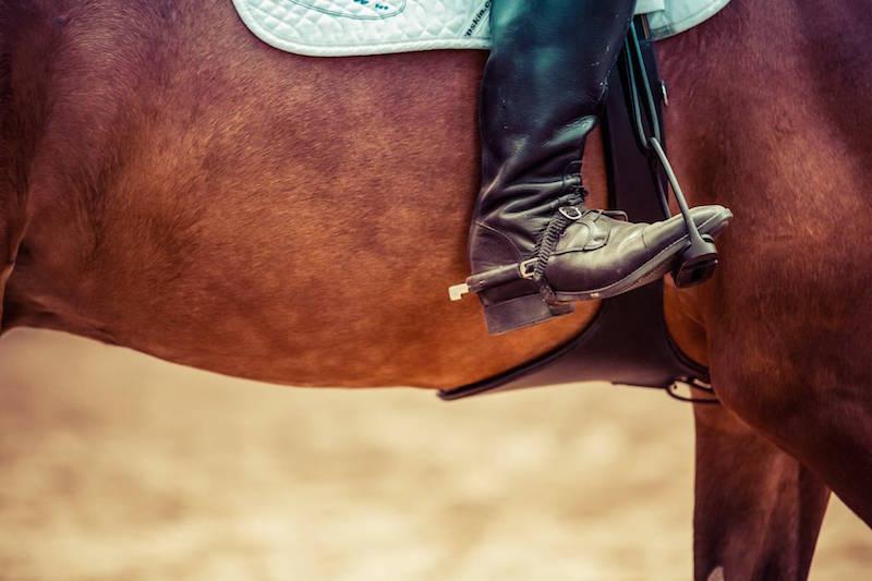 Wakacje w siodle to miejsce na naukę lub doskonalenie techniki jazdy konnej